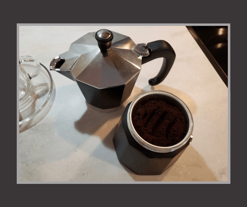 how to grind coffee for a moka pot