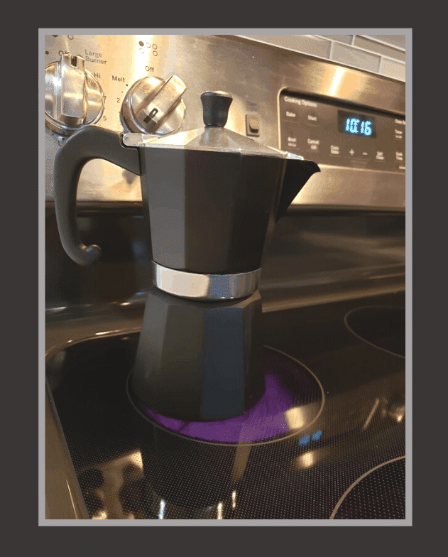 how to make coffee in a moka pot - the step by step guide