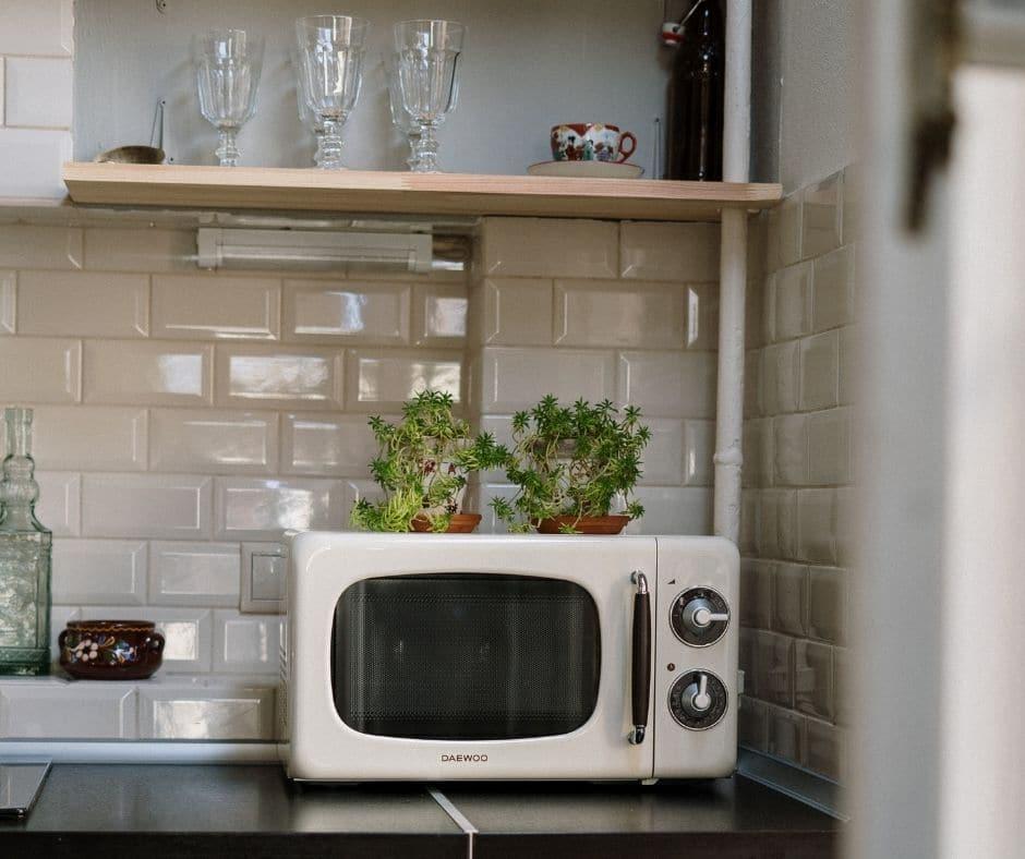 using a microwave to make cofee